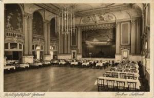 Der Saal für rauschende Feste im Gesellschaftshaus um 1900. Foto: Museum Köpenick